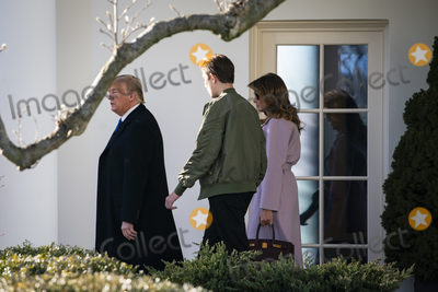 Photos From Trumps Departure