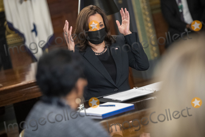 Photos From US Vice President Kamala Harris meets with labor leaders