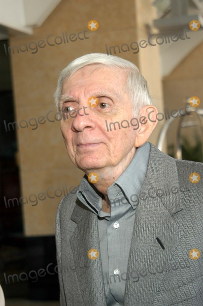 Aaron Spelling Photo - Aaron Spelling at The ABC Presentation at the Television Critics Association Summer Meeting - Day One Renaissance Hotel Hollywood Calif 07-14-03