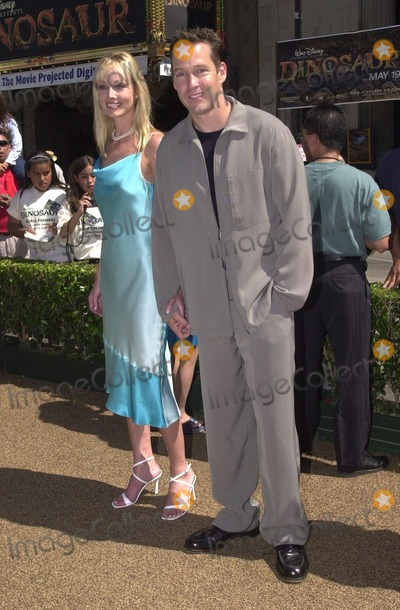 Ashley Vashon Photo -  DB Sweeney and Ashley Vashon at the premiere of Disneys DINOSAUR in Hollywood 05-13-00