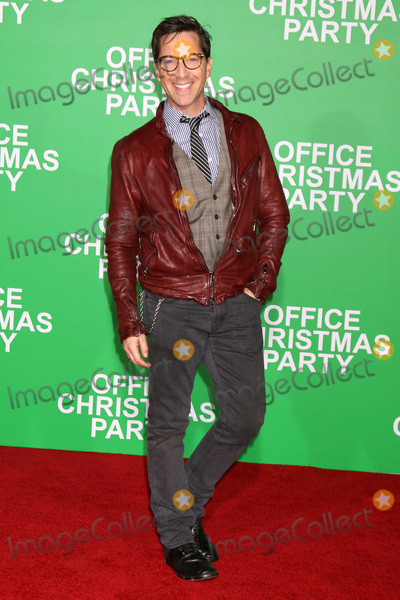 Photo - Office Christmas Party Premiere