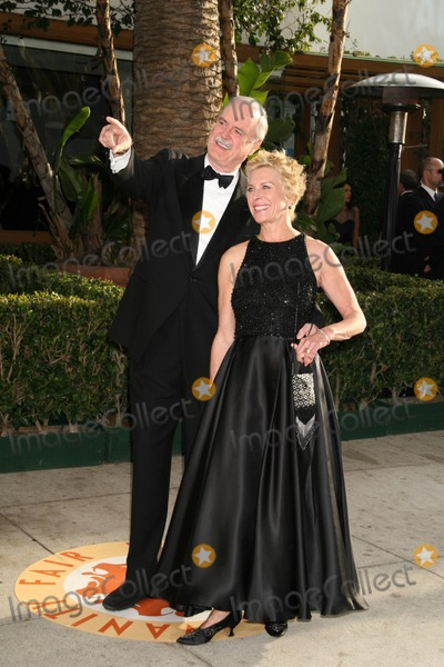Alice Faye Eichelberger Photo - John Cleese and Alice Faye Eichelbergerat the 2007 Vanity Fair Oscar Party Mortons West Hollywood CA 02-25-07