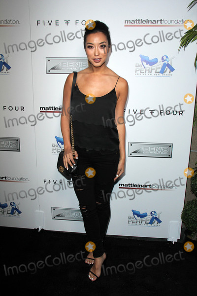 Photo - 9th Annual Celebrity Bowl for Charity