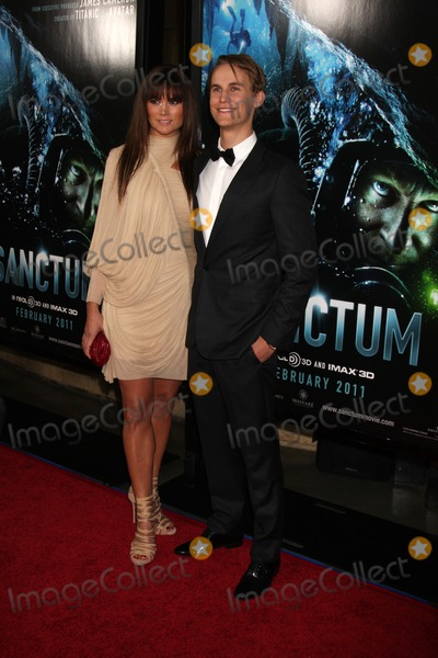 Alice Parkinson Photo - LOS ANGELES - JAN 31  Alice Parkinson Rhys Wakefield arrives at the Sanctum Premiere at Manns Chinese 6 Theaters on January 31 2011 in Los Angeles CA