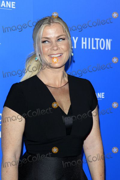 Photo - LOS ANGELES - SEP 29  Alison Sweeney at the  2018 American Humane Hero Dog Awards at the Beverly Hilton Hotel on September 29 2018 in Beverly Hills CA