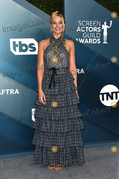 Margot Robbie Photo - LOS ANGELES - JAN 19  Margot Robbie at the 26th Screen Actors Guild Awards at the Shrine Auditorium on January 19 2020 in Los Angeles CA