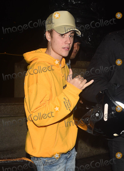 Photo - Photo by KGC-172starmaxinccomSTAR MAX2016ALL RIGHTS RESERVEDTelephoneFax (212) 995-1196101216Justin Bieber is seen in London England