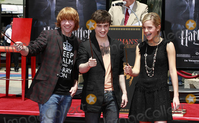 Photos From Hand and footprint ceremony honoring the cast of 'harry potter and the order of the phoenix' (Hollywood, CA)