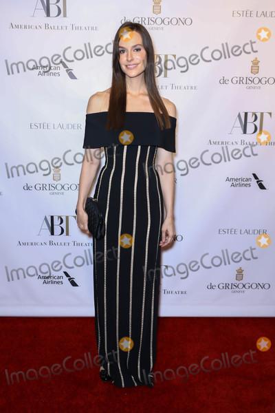 Ariana Rockefeller Photo - Photo by John NacionstarmaxinccomSTAR MAX2017ALL RIGHTS RESERVEDTelephoneFax (212) 995-1196101817Ariana Rockefeller at The 2017 American Ballet Theater Fall Gala in New York City
