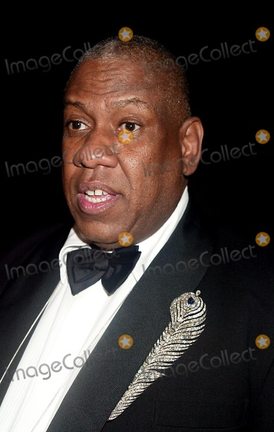 Photo - Archival Pictures - Henrymcgee - 190966