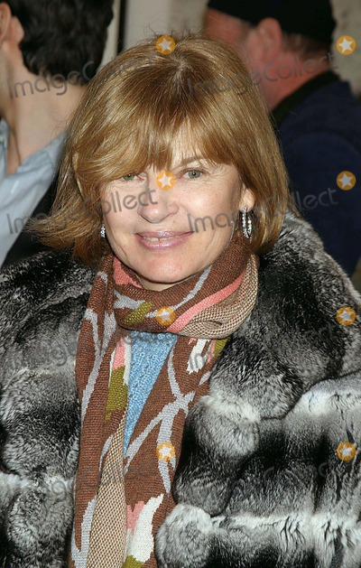 Ann McNally Photo - Anne Mcnally Arriving at the Opening of Pam American Icon an Exhibition of Photographs of Pamela Anderson by Sante Dorazio at Stellan Holm Gallery in New York City on 01-21-2005 Photo by Henry McgeeGlobe Photos Inc 2005