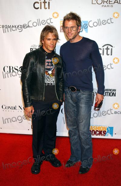 AARON BENWARD Photo - NEW YORK SEPTEMBER 8 2005    Scott Reeves and Aaron Benward at the Fashion Rocks Concert held at Radio City Music Hall
