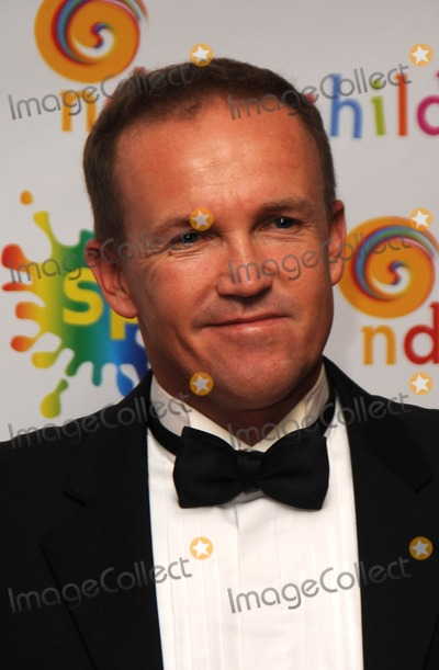 Andy Flower Photo - LondonUK  Andy Flower at The Zimbabwe Pearl Ball at the Westbury Hotel  Bond Street London 1st April 201000SYDLandmark Media