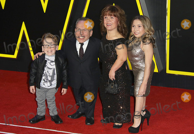 Annabelle Davis Photo - LondonUK Warwick Davis Samantha Davis Annabelle Davis  Harrison Davis  at the Star Wars The Force Awakens - European Premiere at Leicester Square  16th December 2015Ref LMK394-59064-171215Brett D CoveLandmark Media WWWLMKMEDIACOM