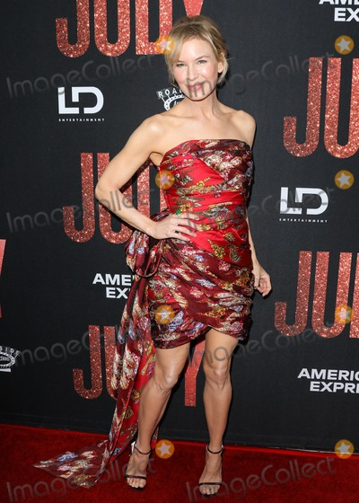 Photos From Premiere Of Roadside Attraction's 'Judy'