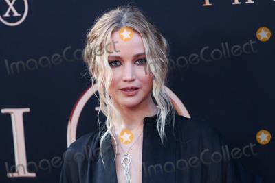 Photo - (FILE) Jennifer Lawrence marries Cooke Maroney