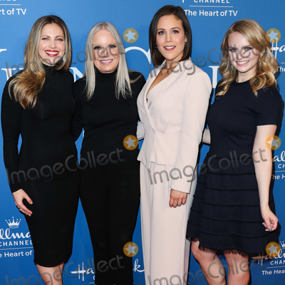 Andrea Brooks Photo - BEVERLY HILLS LOS ANGELES CALIFORNIA USA - FEBRUARY 11 Pascale Hutton Michelle Vicary Erin Krakow and Andrea Brooks arrive at Hallmark Channels When Calls the Heart Season 7 Premiere Celebration held at the Beverly Wilshire A Four Seasons Hotel on February 11 2020 in Beverly Hills Los Angeles California United States (Photo by Xavier CollinImage Press Agency)