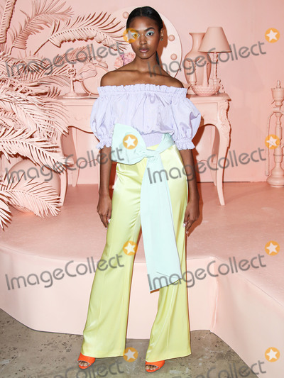 Photo - alice  olivia By Stacey Bendet - Arrivals - September 2019 - New York Fashion Week The Shows