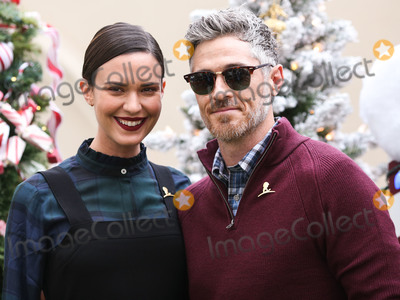 Photo - (FILE) Dave and Odette Annable Split After 9 Years of Marriage BEVERLY HILLS LOS ANGELES CALIFORNIA USA - DECEMBER 09 Actress Odette Annable and husband Dave Annable arrive at the Brooks Brothers Annual Holiday Celebration In Los Angeles To Benefit St Jude 2018 held at the Beverly Wilshire Four Seasons Hotel on December 9 2018 in Beverly Hills Los Angeles California United States (Photo by Xavier CollinImage Press Agency)