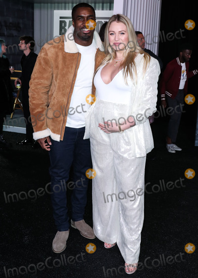 Photo - (FILE) Iskra Lawrence and Boyfriend Philip Payne Welcome First Child