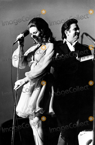 photos and pictures june carter cash and husband johnny cash at a concert in cologne germany. Black Bedroom Furniture Sets. Home Design Ideas