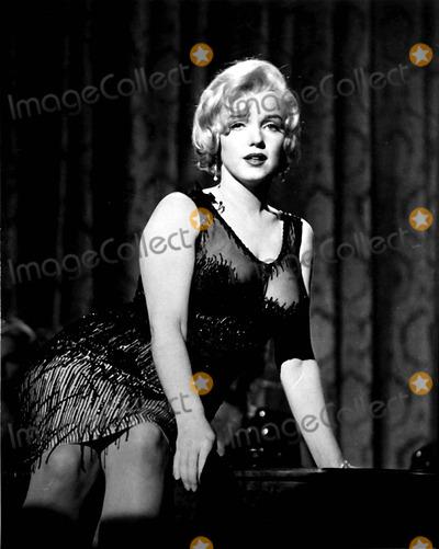 Photo - Marilyn Monroe Photo Byipol ArchiveGlobe Photos Inc