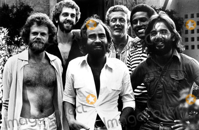 Alan Gorrie Photo - Average White Band Roger Ball_alan Gorrie_onnie Mcintyre_steve Ferrone_molly Duncan_hamish Stuart Globe Photosinc