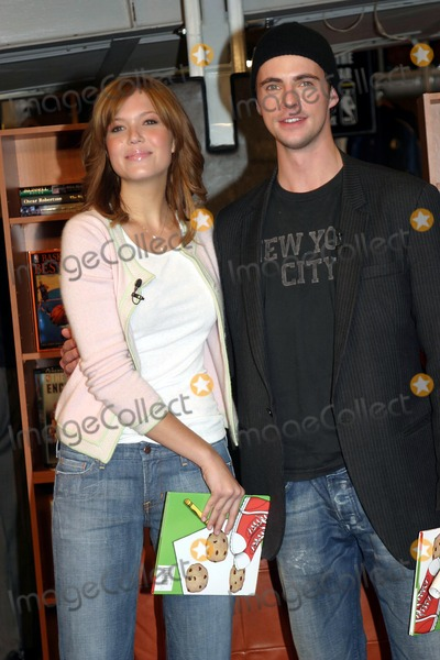 Photos and Pictures - Mandy Moore Visits the Nba Store For a Reading ... e3ec31fc6
