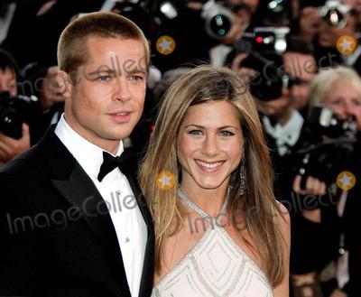 Photo - Brad Pitt  Jennifer Aniston Cannes Film Festival 2004 Cannes 5132004 Photo ByallstarGlobe Photos Inc 2004