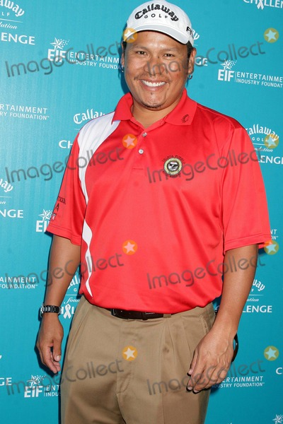 Notah Begay III Photo - I14130CHWCALLAWAY GOLF FOUNDATIONS ANNUAL PRO-CELEBRITY TOURNAMENT TO BENEFIT THE ENTERTAINMENT INDUSTRY FOUNDATIONS CANCER RESEARCH PROGRAMRIVIERA COUNTRY CLUB PACIFIC PALISADES CA  020209NOTAH BEGAY III - PRO GOLFER PHOTO CLINTON H WALLACE-PHOTOMUNDO-GLOBE PHOTOS INC