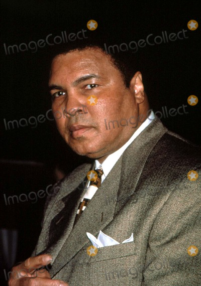 Ali Michael Photo - Muhammad Ali at the Michael Jordans Steak House Opening in NYC 1998 I1989jsp Photo by Jim SpellmanipolGlobe Photos Inc