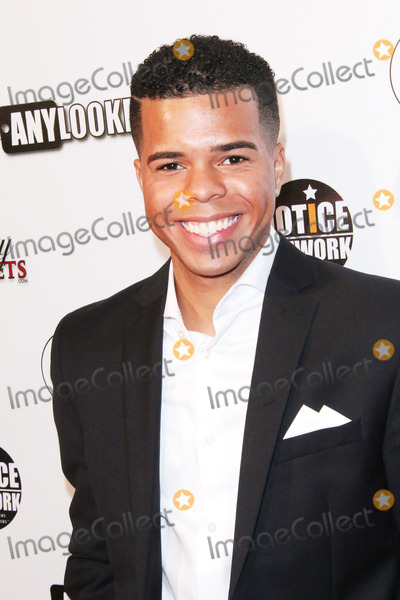 Aaron Fresh Photo - Aaron Fresh arrives at the Awards Lounge Highlighting Golden Globe Nominees