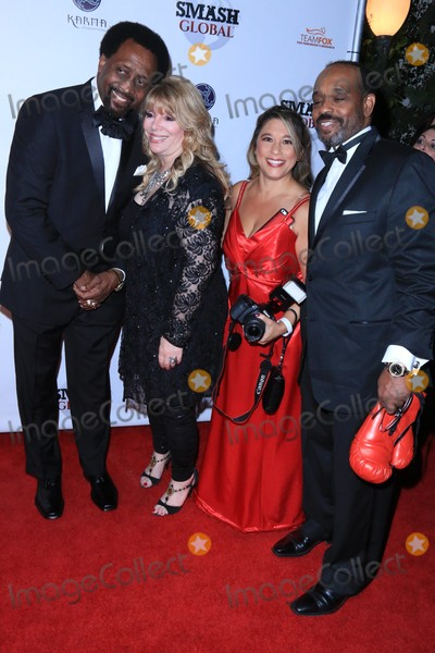 Thomas The Hitman Hearns Photo - Thomas The Hitman Hearns Jackie Kallen Jenna Urban and Harley Brown arrive at Smash Global III Black Tie and Pro MMA Charity Event