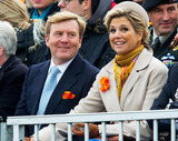 Huub Stapel Photo - Queen Maxima and King Willem-Alexander at the historic landing of Prins Willem Frederik (Actor Huub Stapel) at the celebration of the 200th anniversary of the Kingdom of the Netherlands on the beach of ScheveningenIn the years 1813-1815 the foundation was laid for the Dutch Kingdom PPENieboerCredit PPEface to face- No Rights for Netherlands -