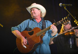 Tracy Lawrence Photo - 08 June 2018 - Nashville Tennessee - Tracy Lawrence 2018 CMA Music Fest Xfinity Fan Fair X held at Music City Center Photo Credit Laura FarrAdMedia