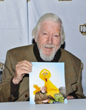 Big Bird Photo - 17 October 2018 - Big Bird and Oscar the Grouch performer Caroll Spinney retires from Sesame Street after nearly 50 years on the show  File Photo 2018 Hamilton Comic Con Hamilton Convention Centre by Carmens Hamilton Ontario Canada Photo Credit Brent PerniacAdMedia