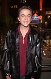 Frankie Muniz Photo -  Frankie Muniz at the grand openng of ONE SEVEN teen dance club and store Hollywood  Highland 11-30-01