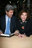 Teresa Heinz-Kerry Photo - John Kerry and Teresa Heinz Kerryat an instore event to promote the new book This Moment on Earth Duttons Brentwood Los Angeles CA 04-04-07