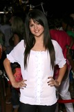 Selena Gomez Photo - Selena Gomez at the World Premiere of Wall E Greek Theatre Hollywood CA 06-21-08