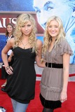 A J Michalka Photo - Aly Michalka and AJ Michalkaat the premiere of The Santa Clause 3 The Escape Clause El Capitan Theater Hollywood CA 10-29-06
