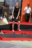 Emma Watson Photo - Emma WatsonHarry Potter HandprintFootprintWandprint CeremonyGraumans Chinese TheaterLos Angeles CAJuly 9 2007