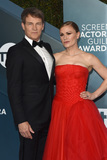 Anna Paquin Photo - LOS ANGELES - JAN 19  Stephen Moyer Anna Paquin at the 26th Screen Actors Guild Awards at the Shrine Auditorium on January 19 2020 in Los Angeles CA