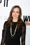 Ellen Page Photo - Ellen Pagearriving at the Whip It PremiereGraumans Chinese TheaterLos Angeles  CASeptember 29 2009