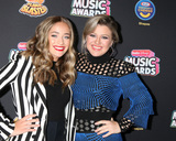 Brynn Cartelli Photo - LOS ANGELES - JUN 22  Brynn Cartelli Kelly Clarkson at the 2018 Radio Disney Music Awards at the Loews Hotel on June 22 2018 in Los Angeles CA