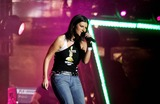 Circo Photo - ROMA  2th july 2005  Live 8 Concert in Circo Massimo  LAURA PAUSINI    ELISABETTA VILLA
