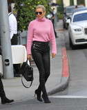 Yolanda Hadid Photo - Photo by SMXRFstarmaxinccomSTAR MAX2018ALL RIGHTS RESERVEDTelephoneFax (212) 995-119613018Yolanda Hadid is seen in Los Angeles CA