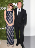 Anna Wintour Photo - Photo by KGC-146starmaxinccomSTAR MAX2016ALL RIGHTS RESERVEDTelephoneFax (212) 995-1196101716Anna Wintour and Michael Kors at The 2016 Gods Love We Deliver Golden Heart Awards Dinner(New York City)