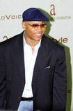 LL Cool J Photo - Photo by Scott Scholzstarmaxinccom200422904LL Cool J at the 2004 InStyle Oscar Party(CA)