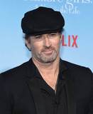 Scott Patterson Photo - Photo by KGC-11starmaxinccomSTAR MAX2016ALL RIGHTS RESERVEDTelephoneFax (212) 995-1196111816Scott Patterson at Netflixs Gilmore Girls A Year In The Life Premiere held at the Fox Bruin Theater Los Angeles CA