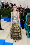 Brie Larson Photo - Photo by ESBPstarmaxinccomSTAR MAXCopyright 2017ALL RIGHTS RESERVEDTelephoneFax (212) 995-11965117Brie Larson at the 2017 Costume Institute Gala - Rei KawakuboComme des Garcons Art Of The In-Between(Metropolitan Museum of Art NYC)